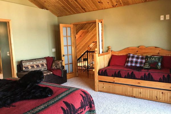 upstairs-bedroom2