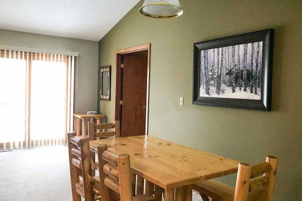 giants-ridge-villas-living-room3