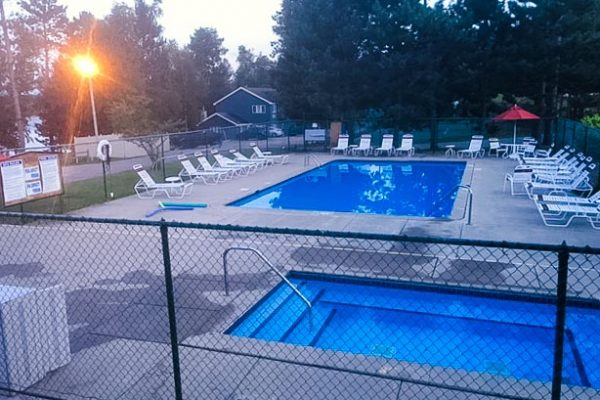 giants-ridge-villas-pool