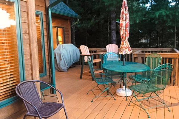 shell-lake-cabin-deck2
